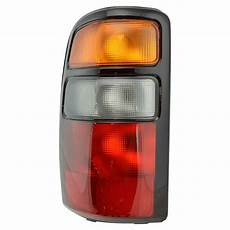 04 Chevy Tahoe Lights Taillight Taillamp Brake Light Lamp Left Side Rear For 04