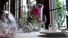 centrotavola matrimonio con candele e fiori matrimonio centrotavola con fiore di loto in vaso di