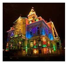 Newark Ohio Light The Night Christmas Lights On The County Courthouse In