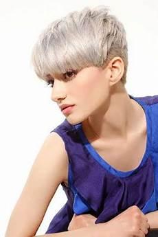 kurzhaarfrisuren 2018 aschblond la moda en tu cabello juveniles cortes pixie de colores 2016