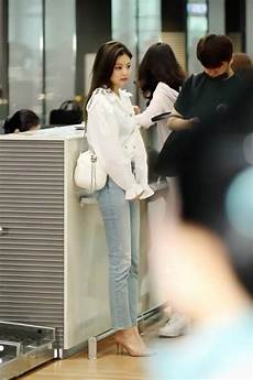 blackpink s jennie wows with airport fashion and is on
