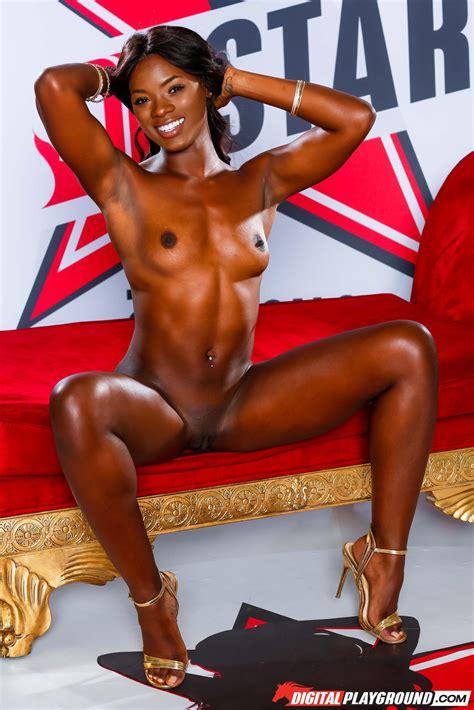 Hot Naked Women On Tumblr