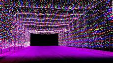 Where To Look At Christmas Lights In Dallas 8 Best Places To See Christmas Lights In Las Vegas