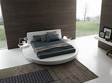 da letto con letto rotondo letto rotondo moderno e originale letti