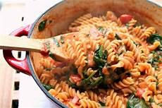 vegansk pasta vegansk pasta med tomatsaus vegansk mat