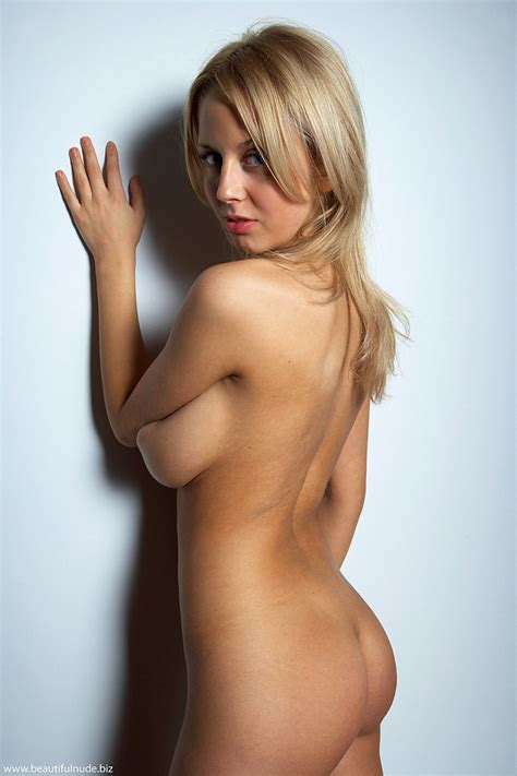 Blonde Nude Sexy Woman