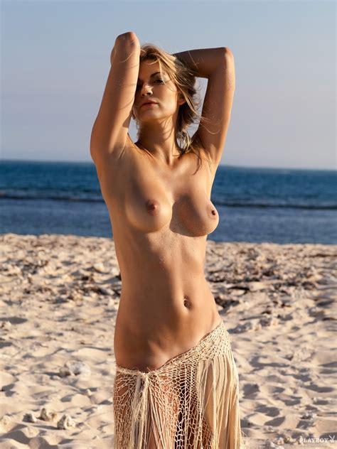 Girls Next Door Nude Daily Niner