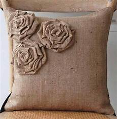 28 crafty diy burlap project ideas snappy pixels