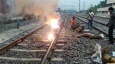 Thermite Welding Thermite Welding Of Railway Track Youtube