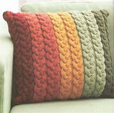 knit design chunky wool cable cushion knitting pattern 16 quot knit in