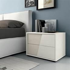 comodino da letto amazing da letto senza comodini images comads897