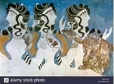 minoan civilization knossos palace bronze age mm iib