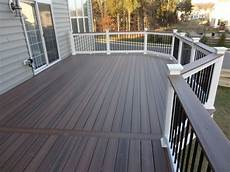 Light Or Dark Deck Stain Image Result For Dark Grey House With White Trim And Trex