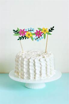 diy cake topper pinterest diy floral cake topper with cricut explore the sweet