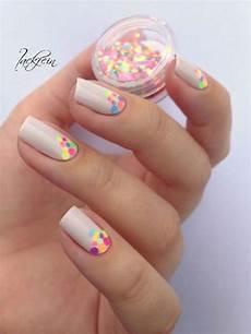 Pang Nail Design 25 Cute Polka Dot Nail Designs 2017