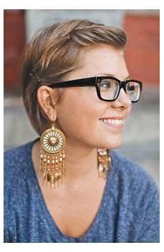 kurzhaarfrisuren blond für brillenträger 27 april hairstyle ideas to consider hair hair styles