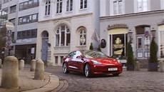 volkswagen id family 2020 volkswagen id new specs range charging compared to