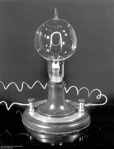 Electric Light Bulb 1879 Replica Of Thomas Edison S First Electric Lamp Pbs