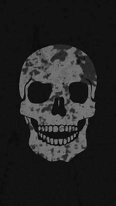 black and white wallpaper iphone skull free wallpapers skull on black background wallpaper