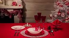 tavolo per natale come apparecchiare la tavola di natale rosso