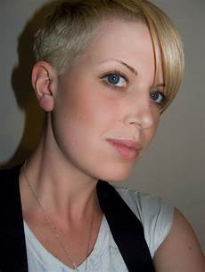 very short hairstyles for women 05 stylish eve