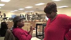 Jobs With The Deaf Sarita Who Is Blind And Deaf Can Work And Excel Youtube