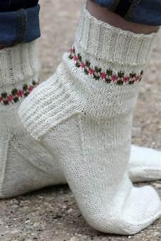 pansy path knit sock pattern allfreeknitting