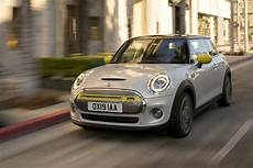 2019 electric mini cooper cooper se mini s mass produced 100 electric