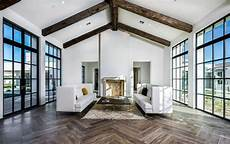 High Ceiling Living Room 20 Beautiful Living Room Designs With High Ceilings