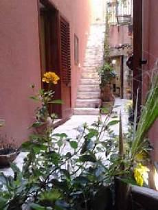 il cortile fiorito apartamentos para vacaciones en trapani