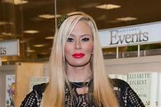 Debbie Austin Walk In The Light Jameson Compares Muslims To Kkk Defends Milo