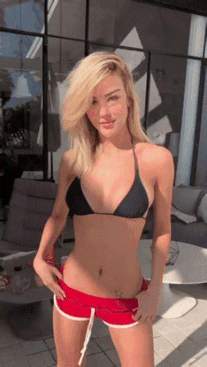 Aylar Lie Nude Pics