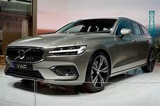 Awd Design Volvo V60 R Design Recharge Plug In Hybrid Awd Leasing