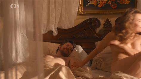 Anjelina Jolie Naked