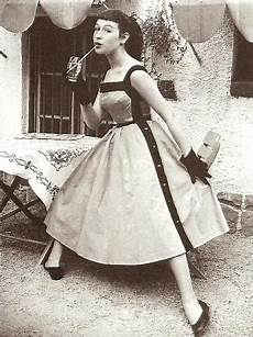 kurzhaarfrisuren in den 50ern 50er look und styling in den fifties retrochicks
