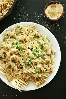 vegansk pasta easy vegan alfredo gf minimalist baker recipes