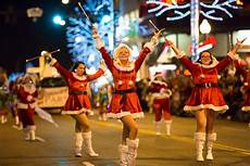 Gatlinburg Of Lights Parade 2015 Holiday Events In The Smoky Mountains