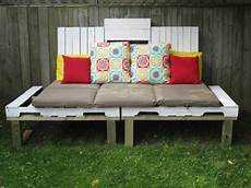 panchine per esterni 1001 idee per divani con bancali per interni ed esterni