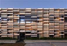rivestimenti facciate in legno rivestimento facciata legno pannelli termoisolanti