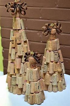 crafts made with wine corks upcycle