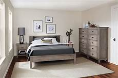 Design For Small Bedrooms Small Bedroom Designs Small Bedroom Ideas And Solution