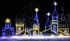 Christmas Light Displays In Des Moines Iowa 11 Christmas Light Displays In Iowa That Are Pure Magic
