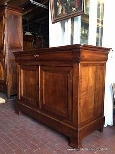 mobili antichi credenze mobili antichi credenze antica credenza in ciliegio