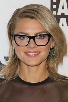 frisuren rundes gesicht brille glasses for your shape