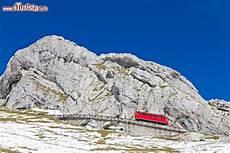 pilatus cremagliera il monte pilatus lucerna con il trenino a cremagliera