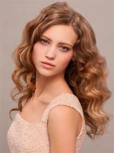 frauen frisuren langhaar locken overnight wavy and curly hairstyles hairstyles