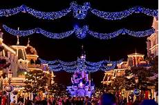 Magic Winter Lights La Marque Ce Qui Vous Attend Pour La Saison De No 235 L 224 Disneyland Paris
