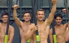 uomini sportivi sport allies arriva il calendario contro l omofobia