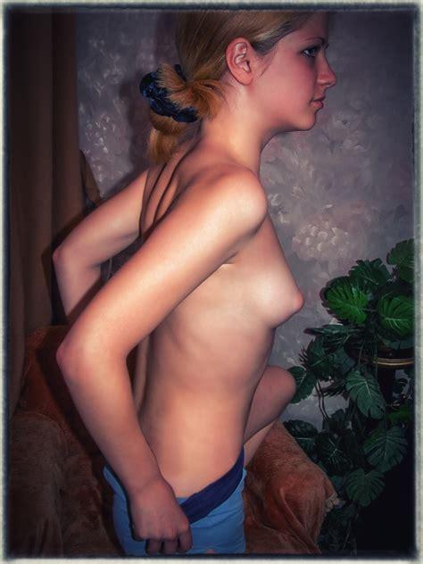 Hot Non Nude Girl