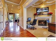 interno casa interno di lusso della casa corridoio e stanza dell